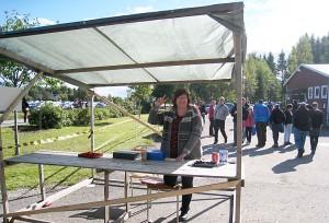 Bygdegårdsföreningens ordförande Lisa Niklasson sålde över tusen biljetter innan dagen var över.